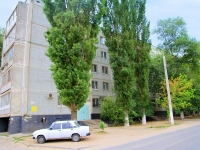 Волгоград, улица Танкистов, дом 20. многоквартирный дом
