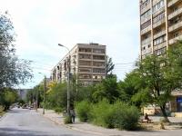 Volgograd, Ave Geroev Stalingrada, house 21. Apartment house