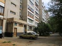 Волгоград, улица Панферова, дом 10. многоквартирный дом