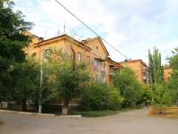 Волгоград, улица Бахтурова, дом 27. многоквартирный дом