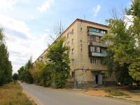 Волгоград, улица Зерноградская, дом 2. многоквартирный дом