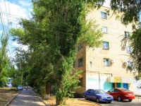 Волгоград, улица Зерноградская, дом 10. многоквартирный дом