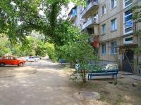 Волгоград, улица Баррикадная, дом 3. многоквартирный дом