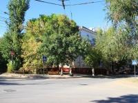 Волгоград, улица КИМ, дом 10. многоквартирный дом