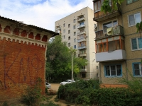 Волгоград, улица Краснослободская, дом 19. многоквартирный дом