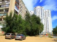 Волгоград, улица Лавочкина, дом 10А. многоквартирный дом