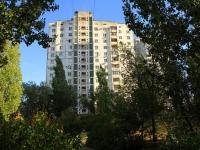 Волгоград, улица Новоузенская, дом 4. многоквартирный дом