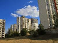 Волгоград, улица Новоузенская, дом 8. многоквартирный дом