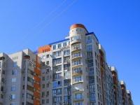 Волгоград, улица Авиаторская, дом 1Б. многоквартирный дом