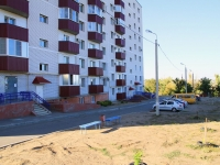 Волгоград, улица Песчанокопская, дом 13. многоквартирный дом