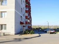 Волгоград, улица Песчанокопская, дом 17. многоквартирный дом