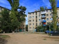 Волгоград, улица 50 лет Октября, дом 13. многоквартирный дом