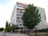 Волгоград, улица Изобильная, дом 12. многоквартирный дом