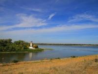 Волгоград, улица Остравская. монумент Первый шлюз Волго-Донского канала