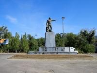Волгоград, площадь Дзержинского. памятник Ф.Э. Дзержинскому