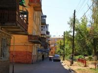 Волгоград, улица Дзержинского, дом 16. многоквартирный дом