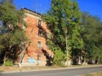 Волгоград, улица Хользунова, дом 3. многоквартирный дом