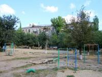 Волгоград, улица Кузнецова, дом 17. многоквартирный дом