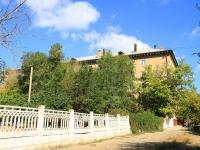 Волгоград, улица Кузнецова, дом 22. многоквартирный дом