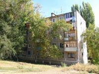 Волгоград, улица Закавказская, дом 5. многоквартирный дом
