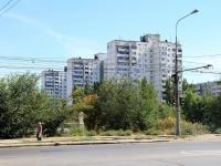 Волгоград, улица Кирова, дом 98А. многоквартирный дом