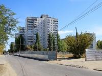 Волгоград, улица Кирова, дом 98Б. многоквартирный дом