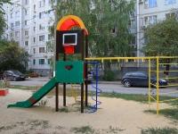 Волгоград, улица Библиотечная, дом 12. многоквартирный дом