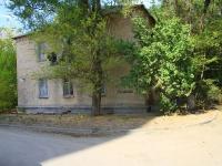 Волгоград, улица Качалова, дом 52. многоквартирный дом