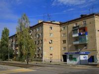 Волгоград, улица Поддубного, дом 10. многоквартирный дом