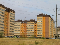 Волгоград, улица Маршала Воронова, дом 18. многоквартирный дом