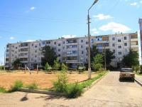 Волжский, улица Медведева, дом 81. многоквартирный дом