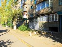 Волжский, улица Мира, дом 6. многоквартирный дом