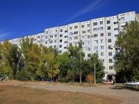 Волжский, улица Мира, дом 22. многоквартирный дом