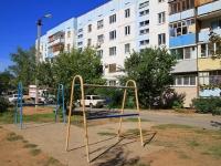 Волжский, улица Карбышева, дом 81. многоквартирный дом