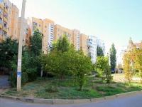 Волжский, улица Карбышева, дом 85. многоквартирный дом