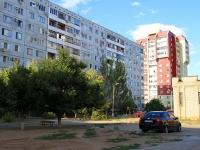 Волжский, улица Оломоуцкая, дом 38. многоквартирный дом