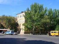 Volzhsky, st Chaykovsky, house 2. Apartment house