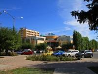 Volzhsky, st Sverdlov, house 35. shopping center