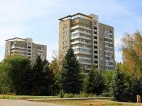 Волжский, улица Сталинградская, дом 3. многоквартирный дом
