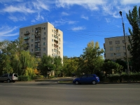 Волжский, улица Фридриха Энгельса, дом 4. многоквартирный дом