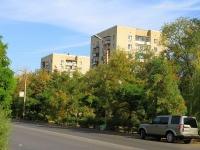 Волжский, улица Советская, дом 12. многоквартирный дом