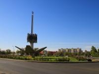 Волжский, площадь Труда. памятник «25 лет Волжскому»