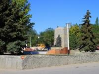 Городище, площадь Павших Борцов. памятник Братская могила