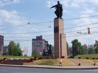 Ivanovo, 纪念碑 героям фронта и тылаSheremetievsky Ave, 纪念碑 героям фронта и тыла