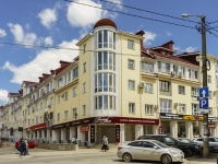 Kaluga, Dostoevsky st, house 29. Apartment house with a store on the ground-floor