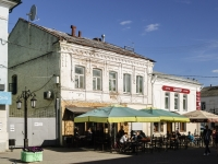 Kaluga, st Teatralnaya, house 13. Apartment house with a store on the ground-floor