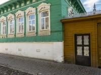 Borovsk, Volodarsky st, house 28. Apartment house