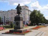 Кемерово, улица Орджоникидзе. памятник А.С.Пушкину
