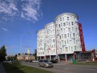 Кемерово, улица Рукавишникова, дом 20. многофункциональное здание