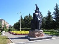 Кемерово, улица Боброва. памятник Г.К. Орджоникидзе
